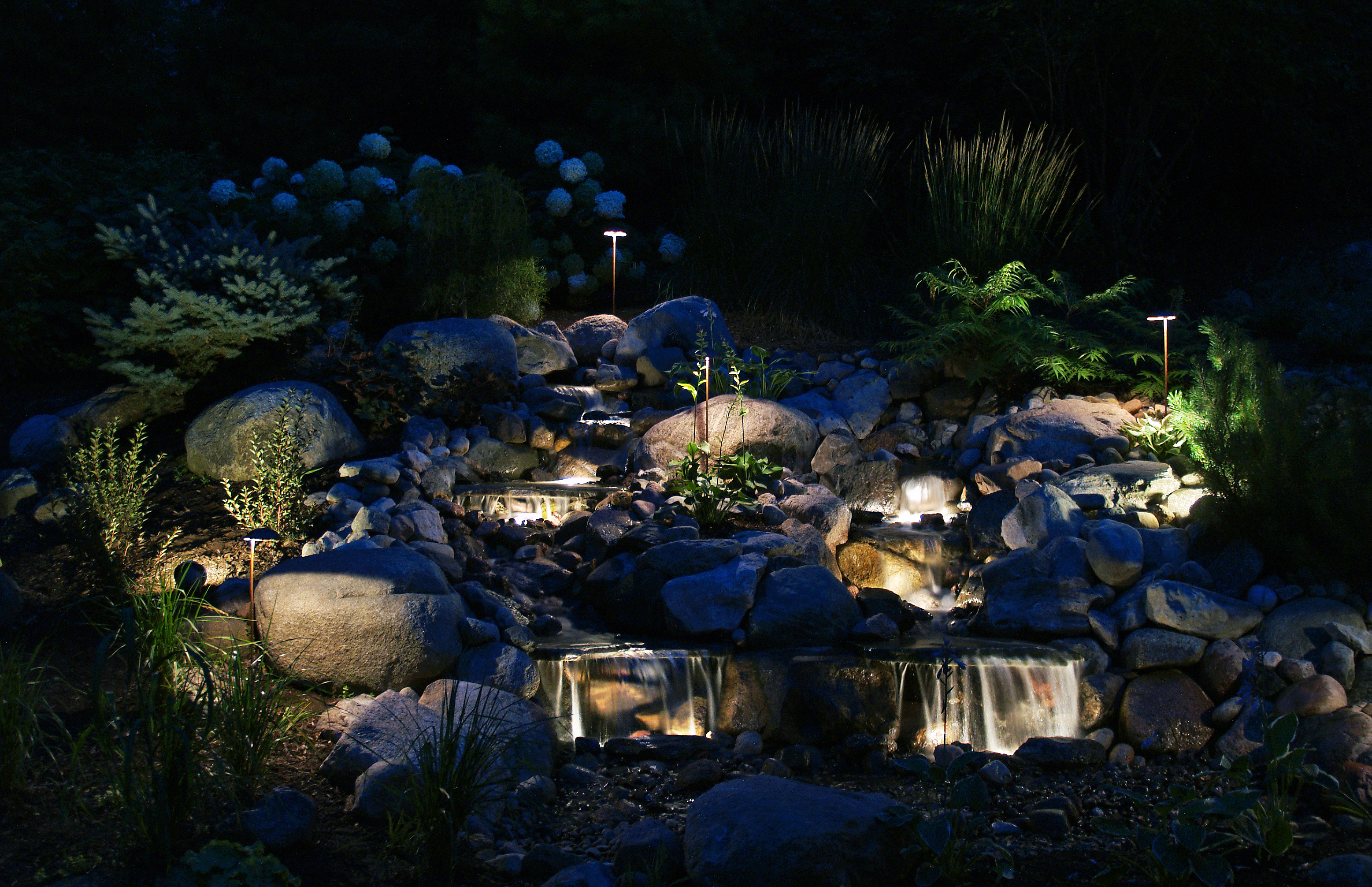 Night Time Outdoor Landscape Lighting